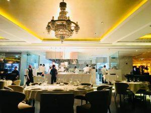 Restaurante Atelier en el edificio Pier 7 de la Marina