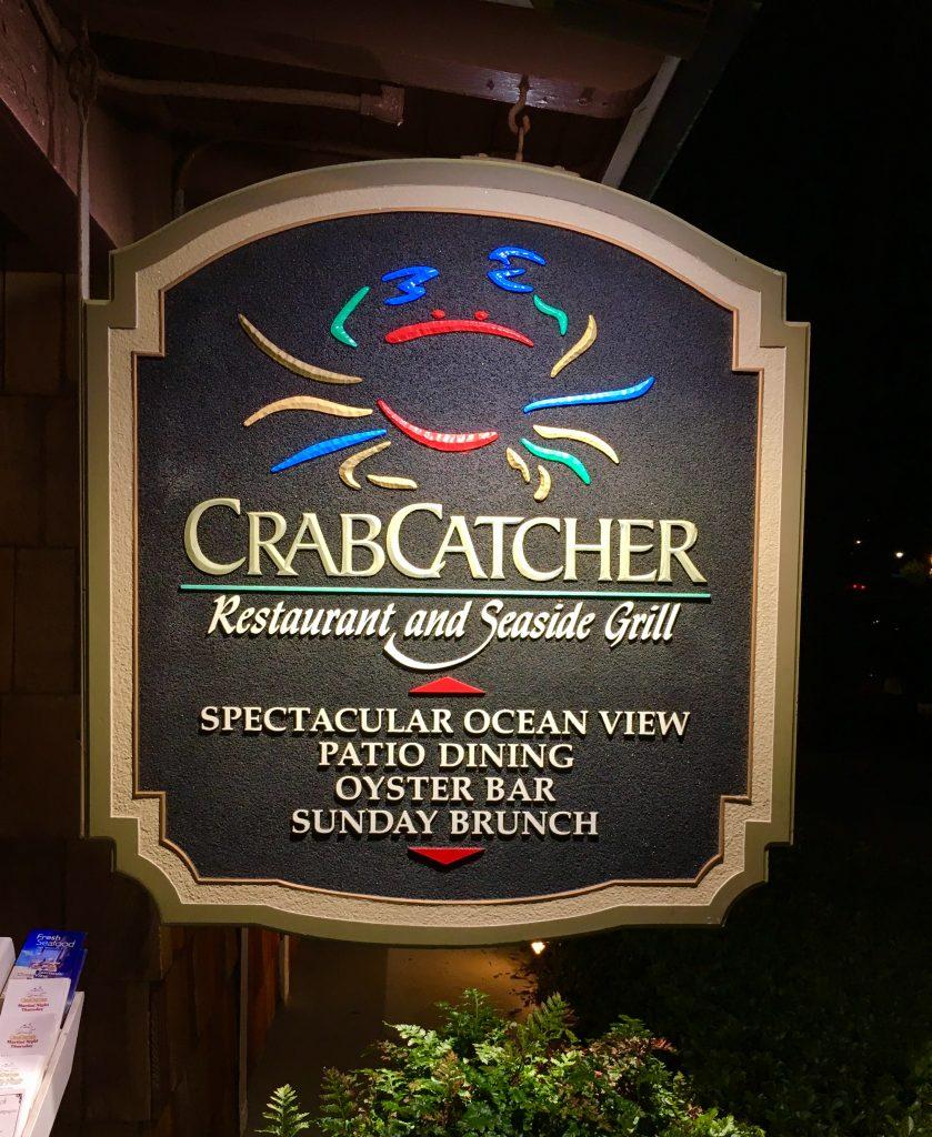 Restaurante especializado en cangrejo imperial y ostras. San Diego, California